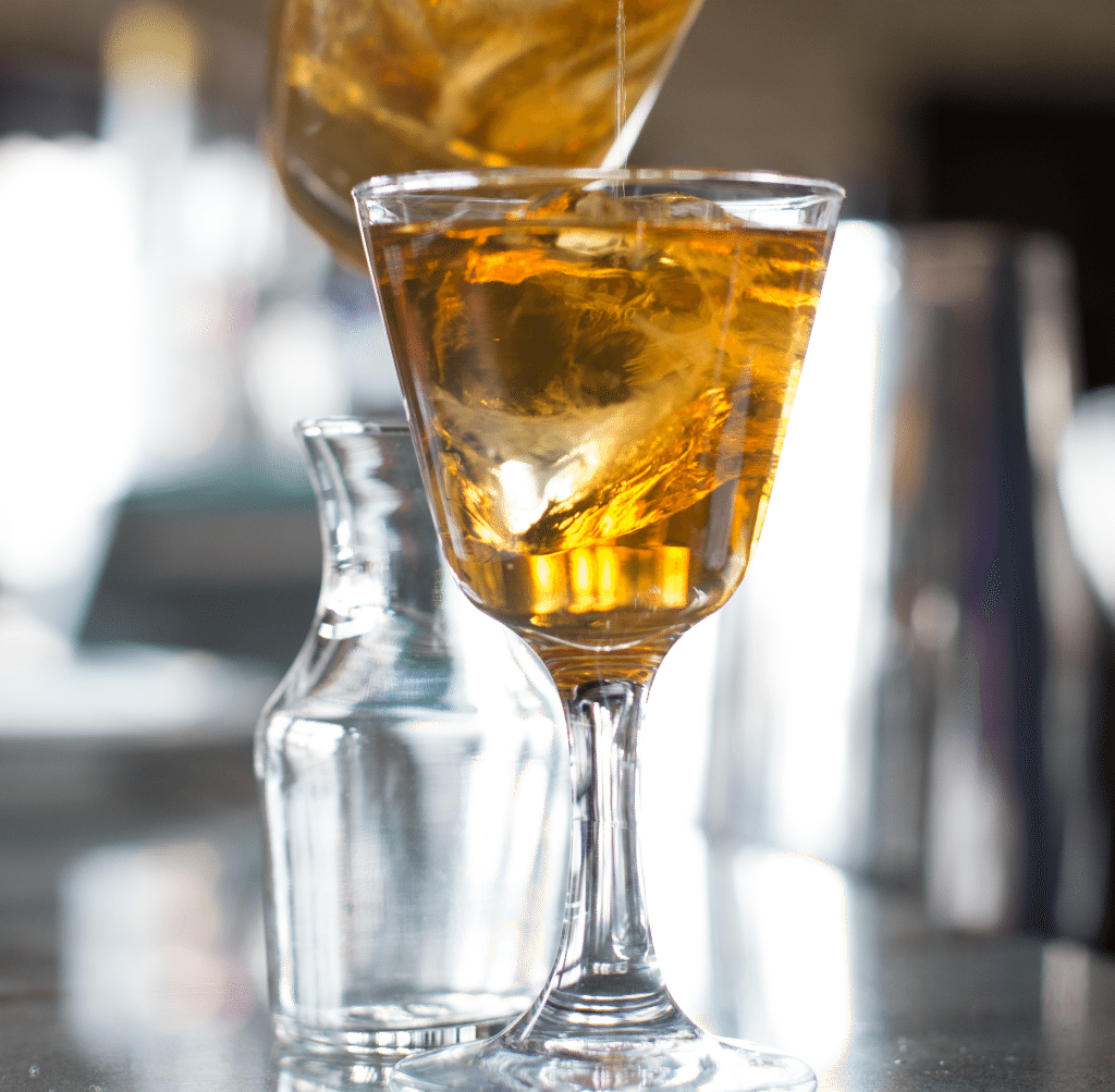 an introduction to which soda drink melts ice cubes faster Introduction why must you make ice chips as an alternative of ice cubes on one hand ice cubes have been the staple of any chilly drink at events, cookouts.